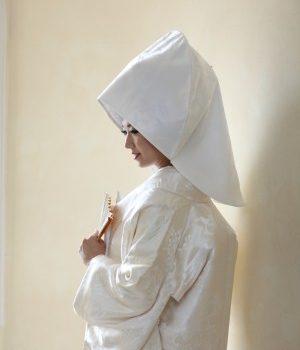 伝統衣装「白無垢」を着て写真は残しましょう