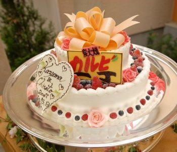 ゲストもびっくり?!【最新】ユニークなウエディングケーキ特集!