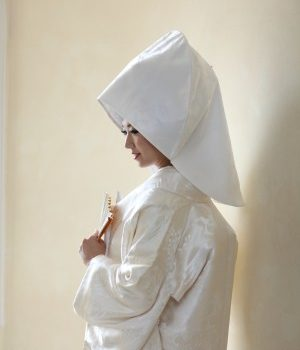 ウェディングドレス「ベール」と白無垢「綿帽子」の共通点