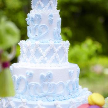 ウェディングケーキのデザインも思いのまま