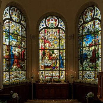 大聖堂にある奇跡のステンドグラス